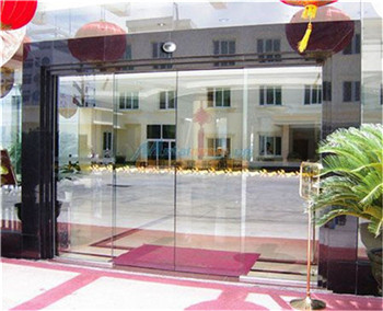 电动感应玻璃门原理 旋转玻璃门设备